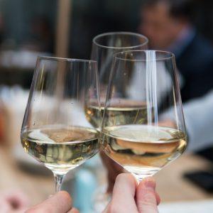 Verres d'alcool / Matthieu Joannon / Unsplash